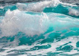 golven bij ibiza