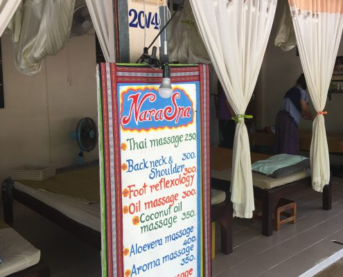 massage Lonely Beach